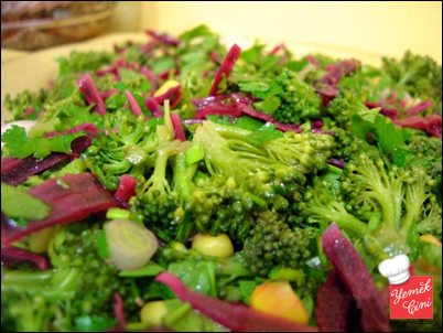 yesillikli brokoli salatasi - Kab�z olmamak i�in ne yapmal�y�z?