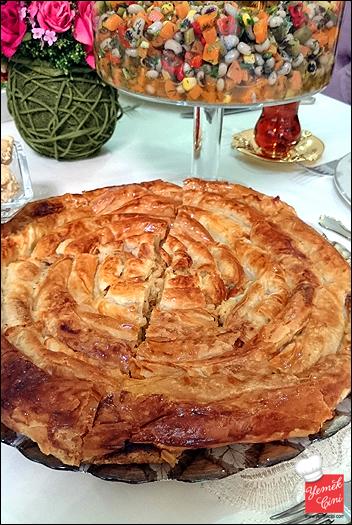 Patatesli Dolama Börek