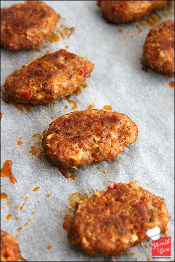 Fırında Salçalı Köfte & Patates