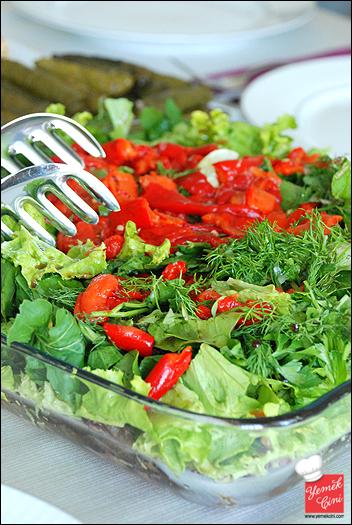 Köz Biberli Yeşil Salata