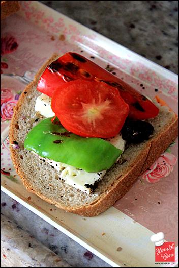 izgara_biberli_tost-(2)