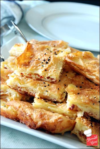 Sucuklu & Peynirli Sodalı Börek