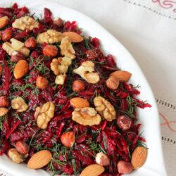 Kuruyemişli Kırmızı Pancar Salatası