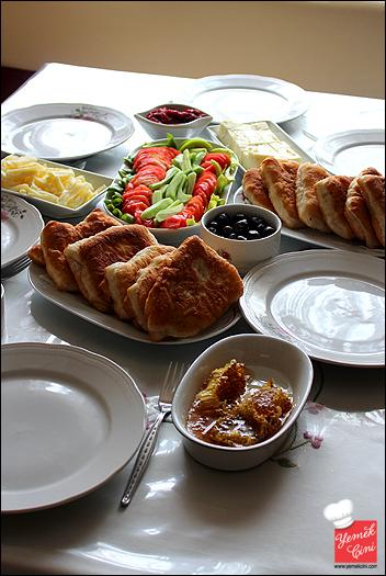 Aile Kahvaltısı